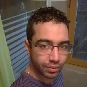 gay 18 ans barbu bouffeur de cul