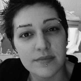 Une Mature Organise Une Partouze Avec Deux Lesbiennes Video Lesbiennes Triolisme